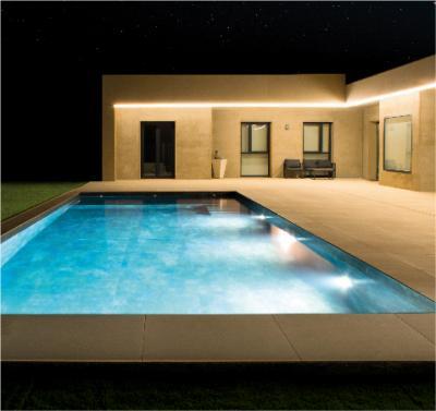 Piscina y jardín a punto: cómo  Iluminar espacios exteriores